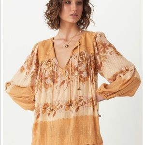 Spell and the Gypsy NWT coco lei blouse